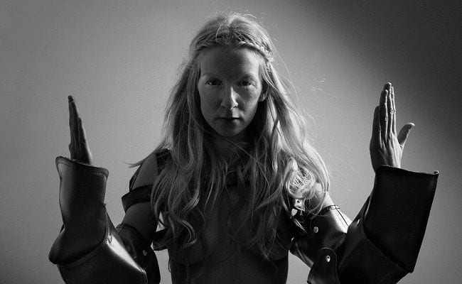 "ionnalee Brings a ""Full on Requiem"" to the Album Format"