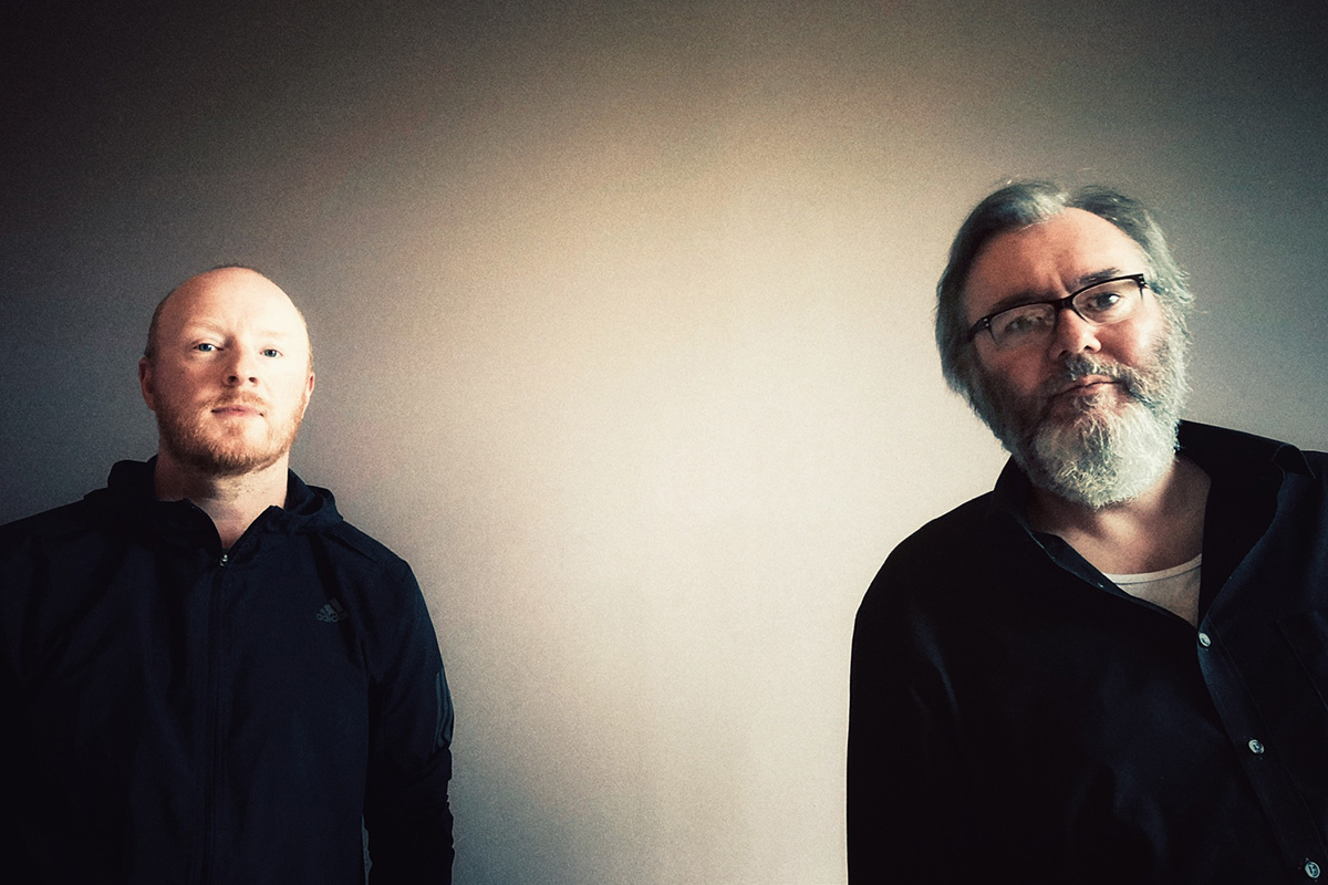 Arab Strap Brighten the Nights with Hope, Humor, and Songcraft on 'As Days Get Dark'